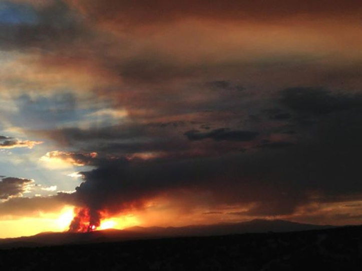 Thompson Ridge Fire in the Jemez Mountains. Jakob Schiller photo