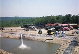 Fracking wastewater pool. barryonenergy.wordpress.com photo
